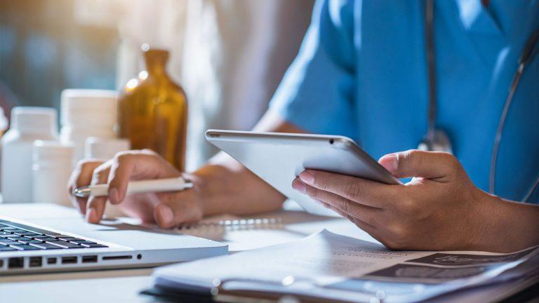 SanoCon Mobil - Arbeiten am Tablet